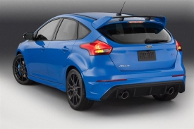 2016 Ford Focus RS at 2015 New York Intl Auto Show  (4).jpg