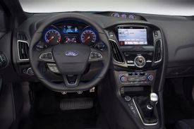 2016 Ford Focus RS at 2015 New York Intl Auto Show  (6).jpg