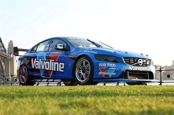 2014-volvo-v8-supercar-debut-1