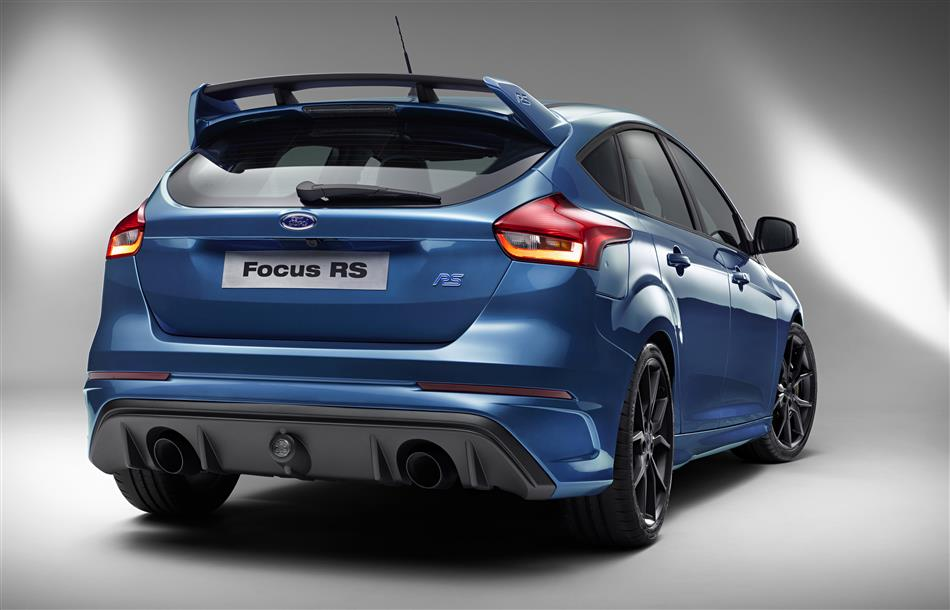 2016-Ford-Focus-RS [Geneva] (8)