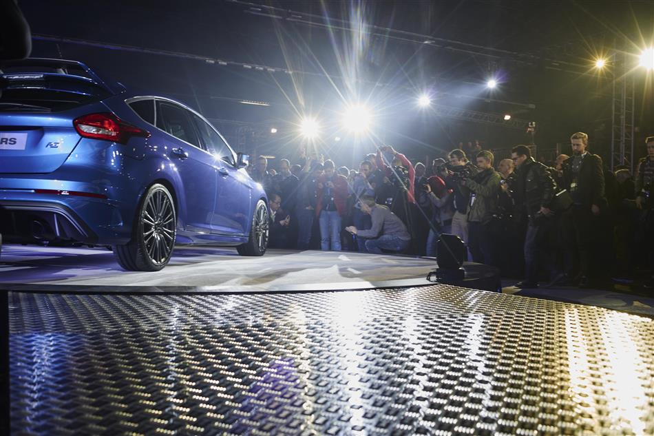 2016 Ford Focus RS - Geneva reveal (8)