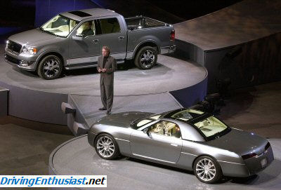 http://www.drivingenthusiast.net/sec-ford/FMC-concepts-prototypes-showcars/concepts_LINCOLN/markx/Lincoln_20.jpg