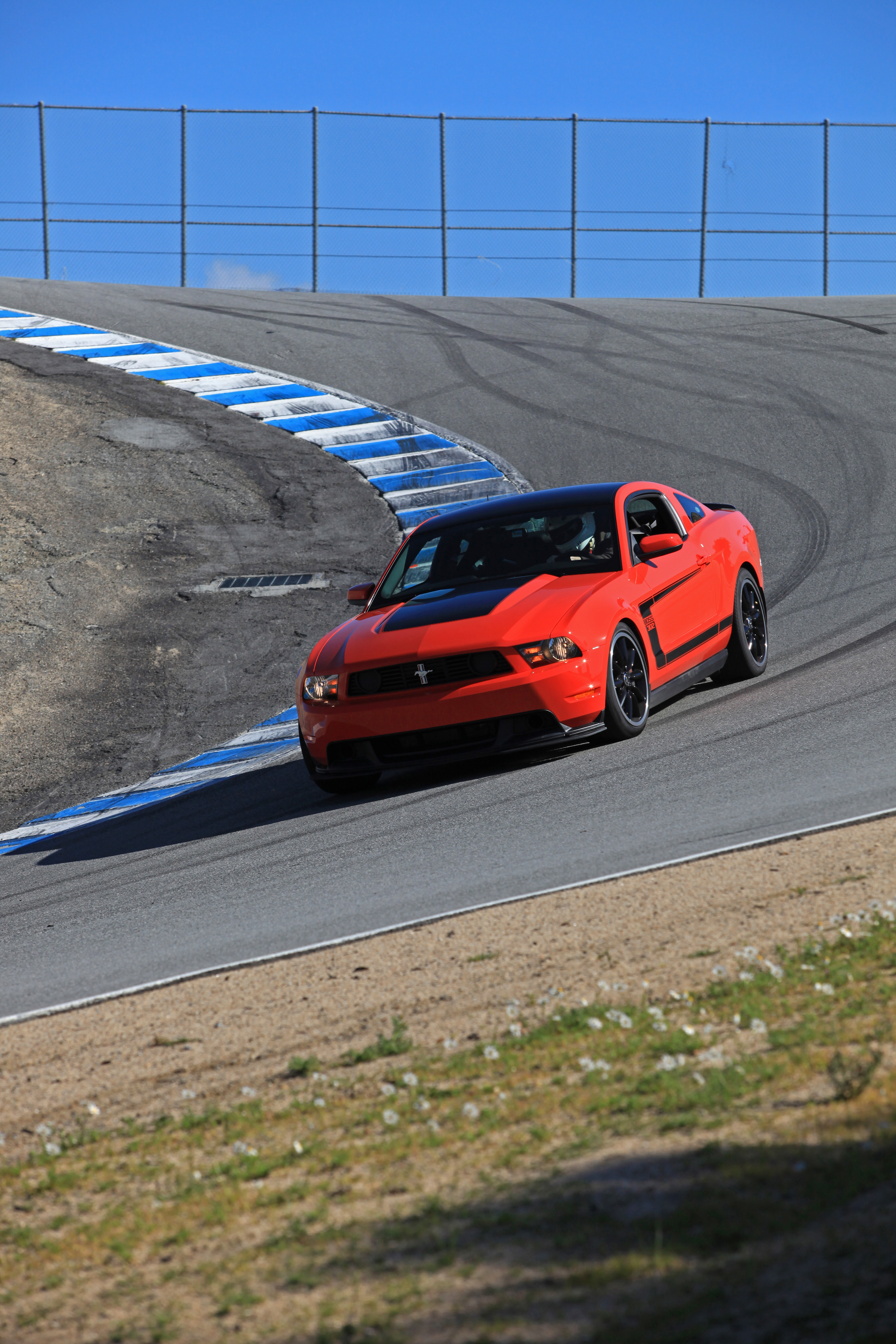 Drivingenthusiast 2012 Mustang Boss 302 Hd Images Page 2